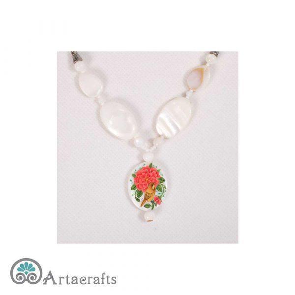 گردنبند رو مانتویی طرح گل و مرغ